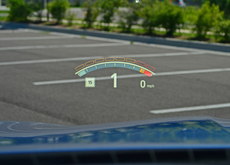 2014-bmw-m5-color-heads-up-display