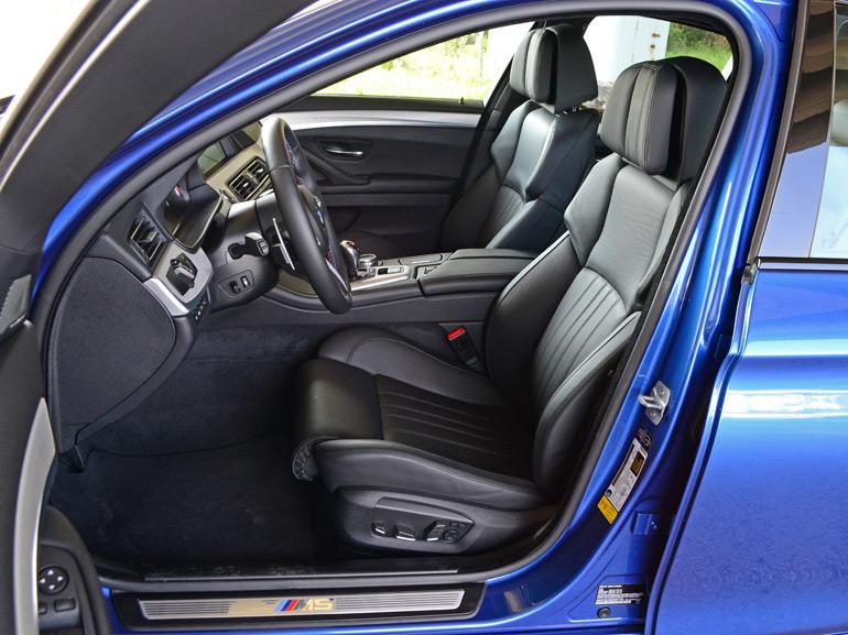 2014-bmw-m5-front-seats