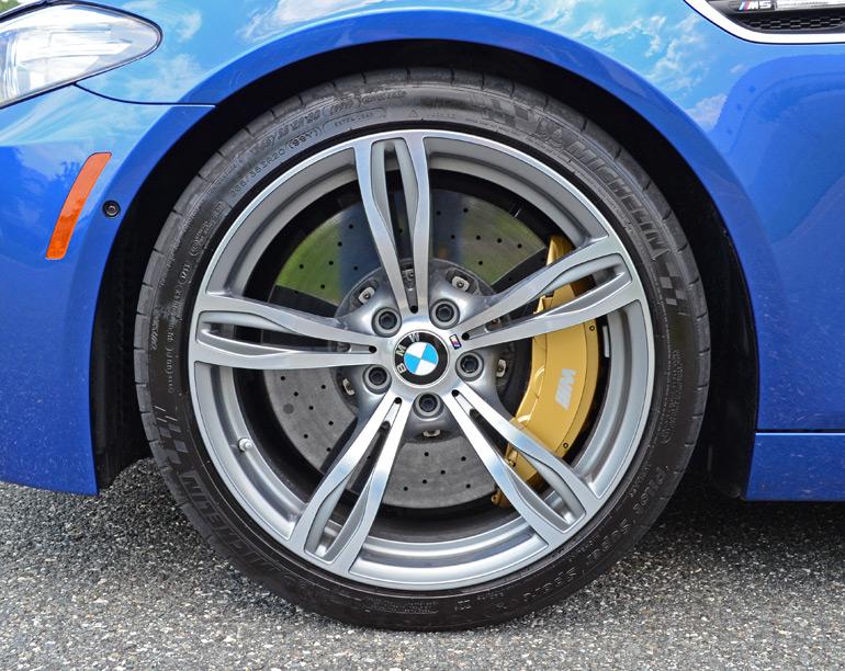 2014-bmw-m5-wheel-tire-brakes