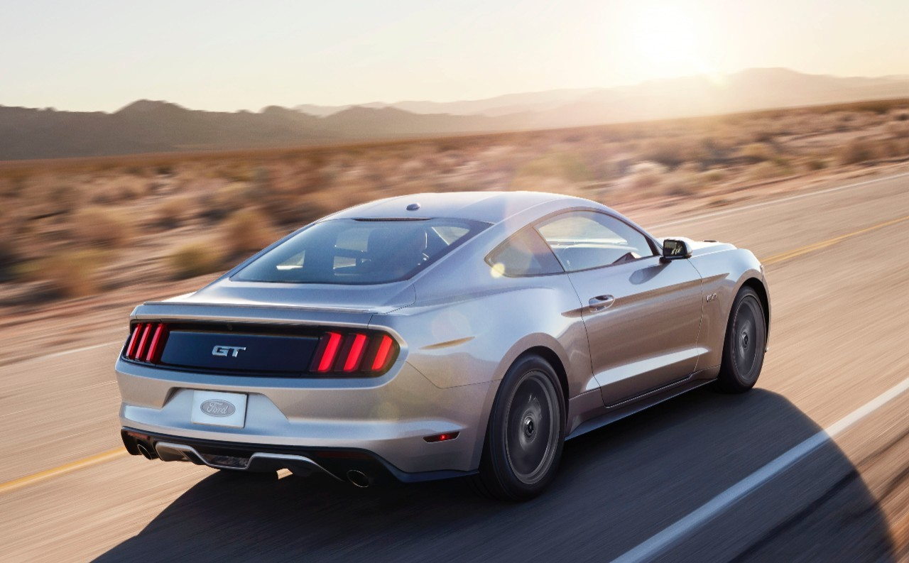 2015 ford mustang base price announced starting at 24 425