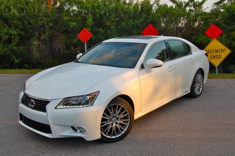 2014 Lexus GS450h Side