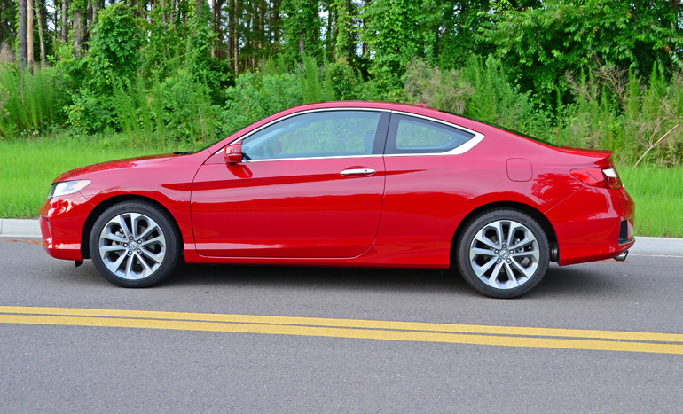 The Accord Coupe Is Just A Bonus Having Just Two Doors To Provide That Rare  Alternative To Its Sedan Counterpart, Something Desired By Many.