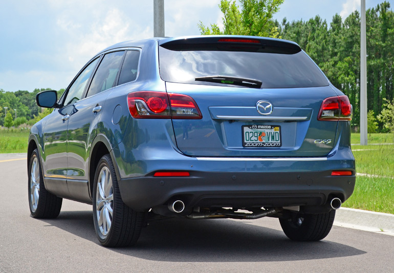 2014-mazda-cx-9-grand-touring-rear-side