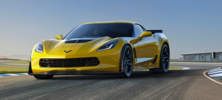 2015-Chevrolet-CorvetteZ06-004-medium