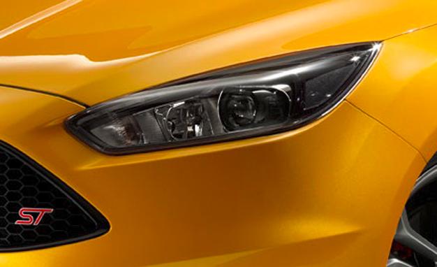 2015-Ford-Focus-ST-teaser