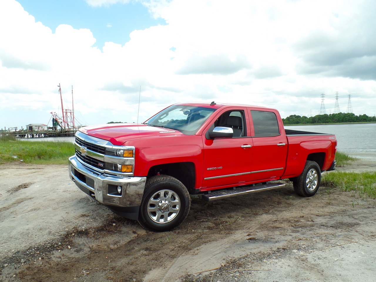quick spin 2015 chevrolet silverado 2500 hd 4wd ltz crew cab. Black Bedroom Furniture Sets. Home Design Ideas