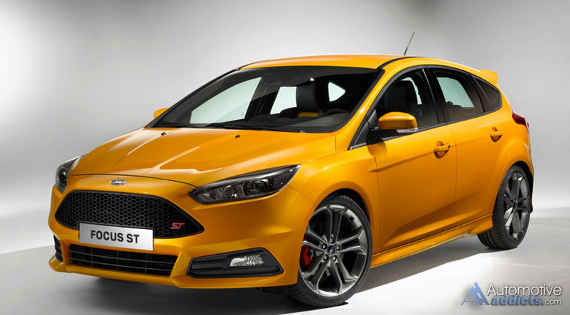 2015 ford focus st revealed refreshed look and handling upgrades. Black Bedroom Furniture Sets. Home Design Ideas