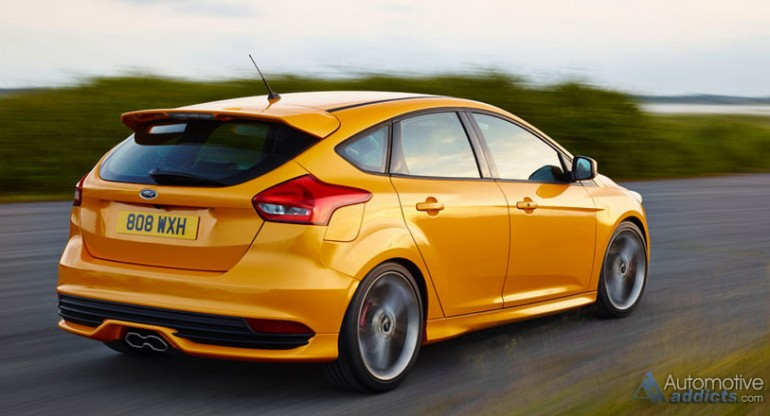 2015-ford-focus-st-rear