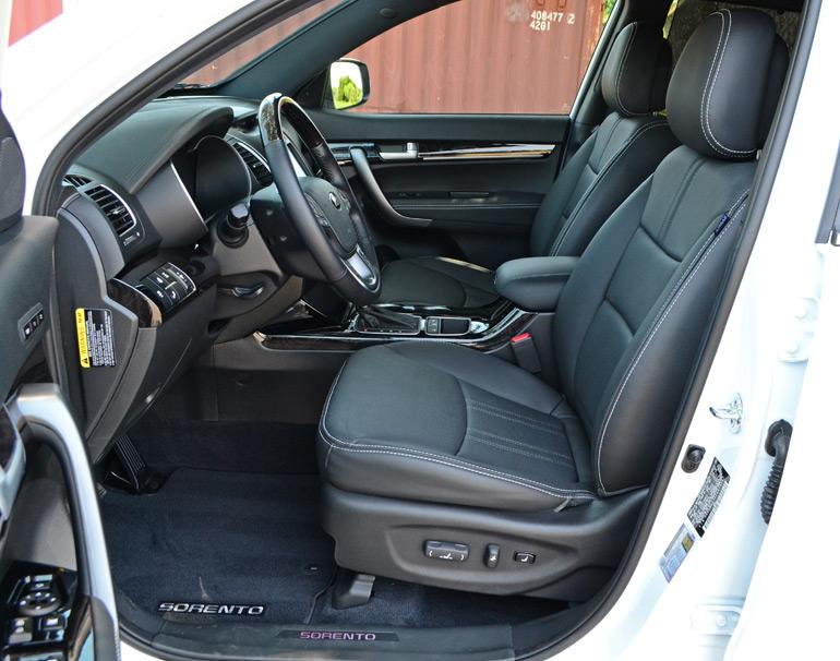 2015-kia-sorento-sxl-awd-front-seats
