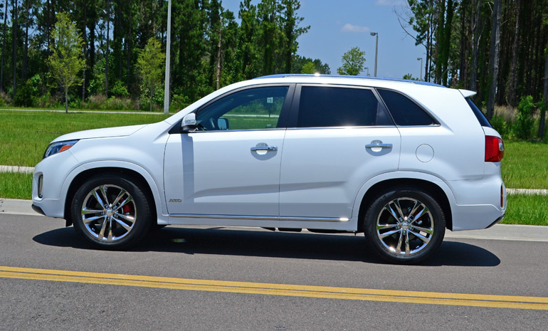 2015-kia-sorento-sxl-awd-side