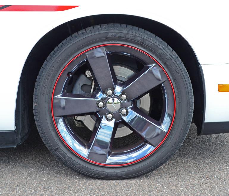 2014-dodge-challenger-rt-redline-wheel-tire