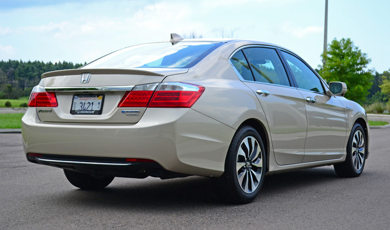 2014 Honda Accord Hybrid Touring Rear Side