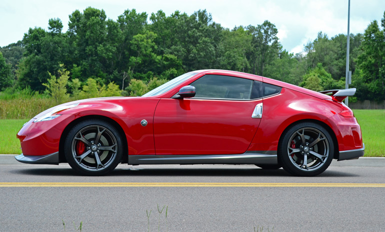 2015 nissan 370z nismo red galleryhip     the hippest galleries