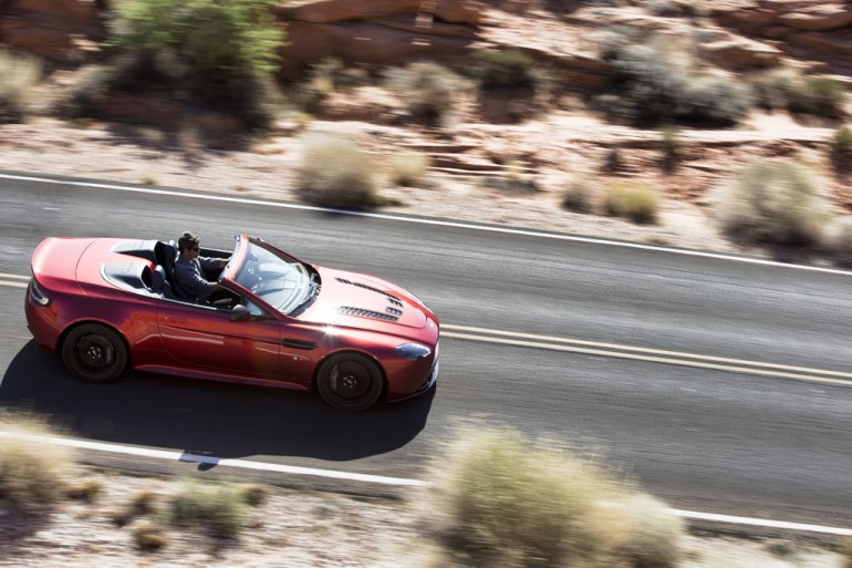 2015-aston-martin-v12-vantage-s-roadster-3
