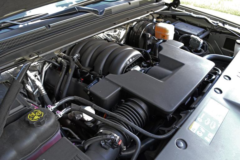 2015 Chevrolet Suburban LTZ 4WD Review & Test Drive