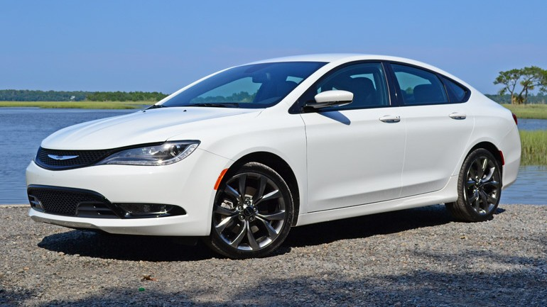 2015 Chrysler 200S AWD V6 Review & Test Drive
