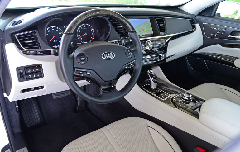 2015-kia-k900-dashboard