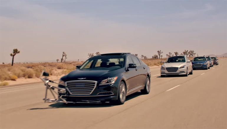 hyundai-genesis-sedan-empty-car-convoy