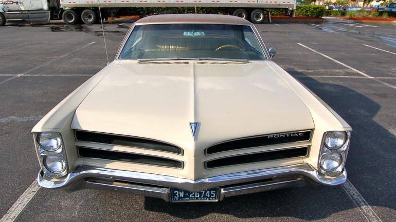 1966 Pontiac Star Chief Executive