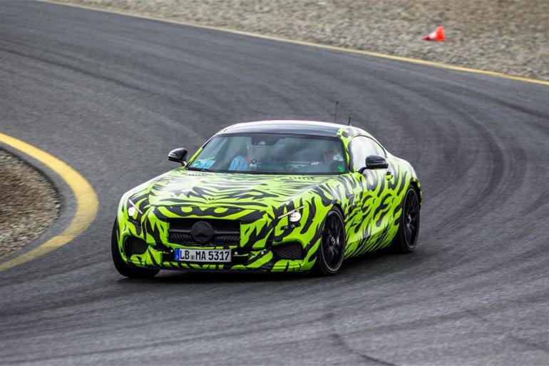 Mercedes-AMG-GT-testing-green-cammo