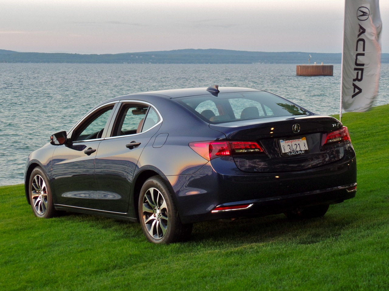 automotive addicts road trip 2015 acura tlx. Black Bedroom Furniture Sets. Home Design Ideas
