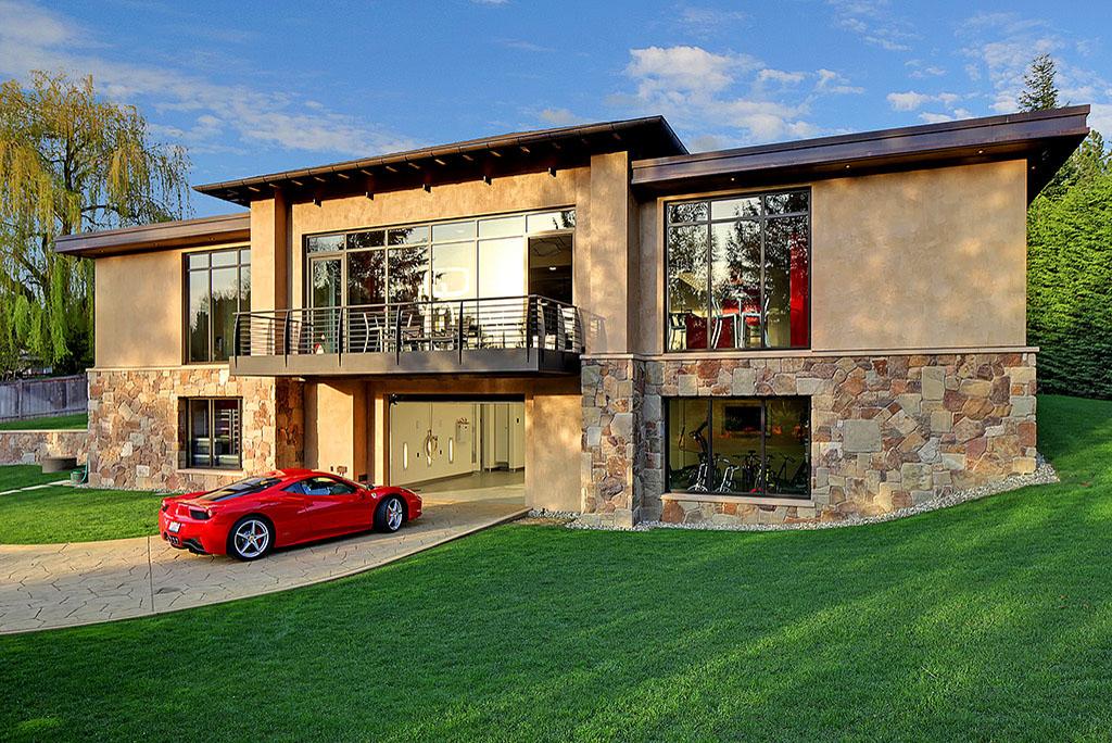 Land Rover Bellevue >> $4 Million 2 Bedroom, 2.5 Bathroom House w/ 16-Car Garage Is Ideal Automotive Enthusiast Haven