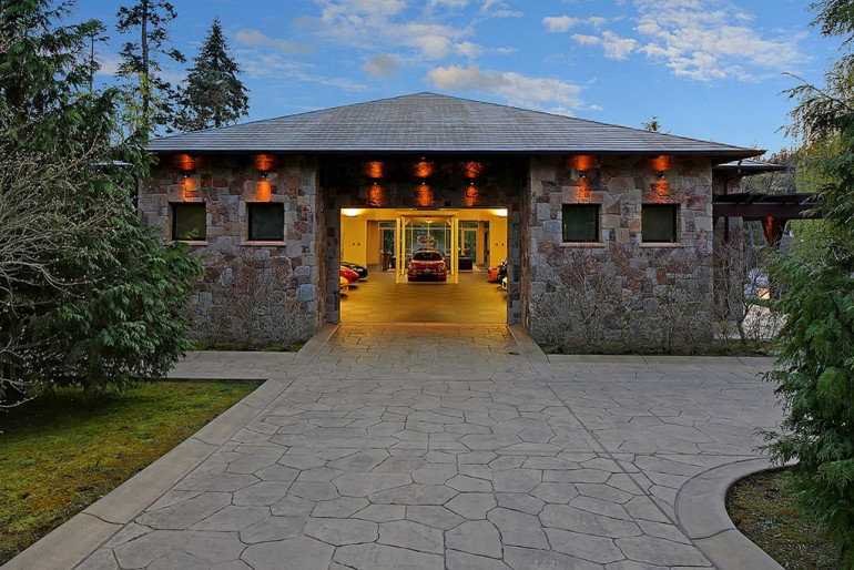 w-bellevue-garage-house-3