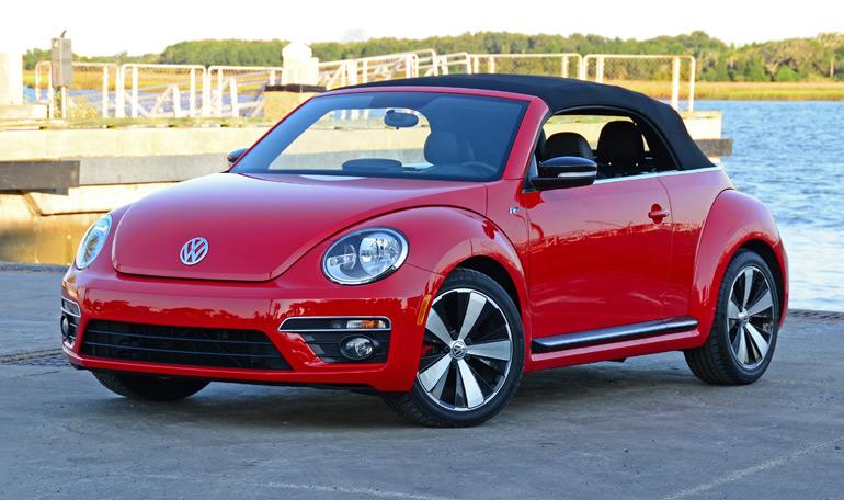 2014-volkswagen-beetle-convertible-r-line-top-up