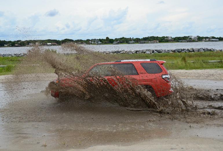 2015-toyota-4runner-trd-pro-off-road-3