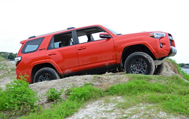 2015-toyota-4runner-trd-pro-off-road-5