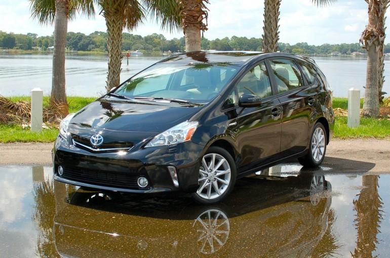 2014 Toyota Prius V Five Model