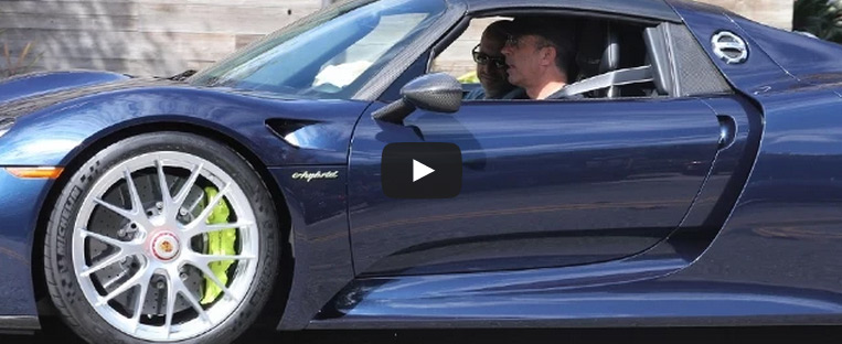 Jerry Seinfeld Out In His New Porsche 918 Spyder: Video
