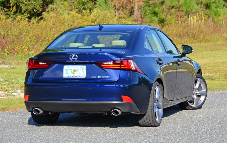 2015-lexus-is350awd-rear-angle