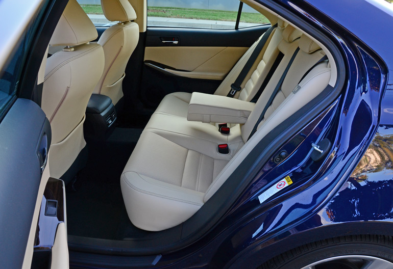 2015-lexus-is350awd-rear-seats