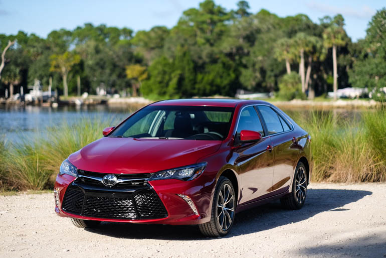 2015 toyota camry first driving impressions. Black Bedroom Furniture Sets. Home Design Ideas