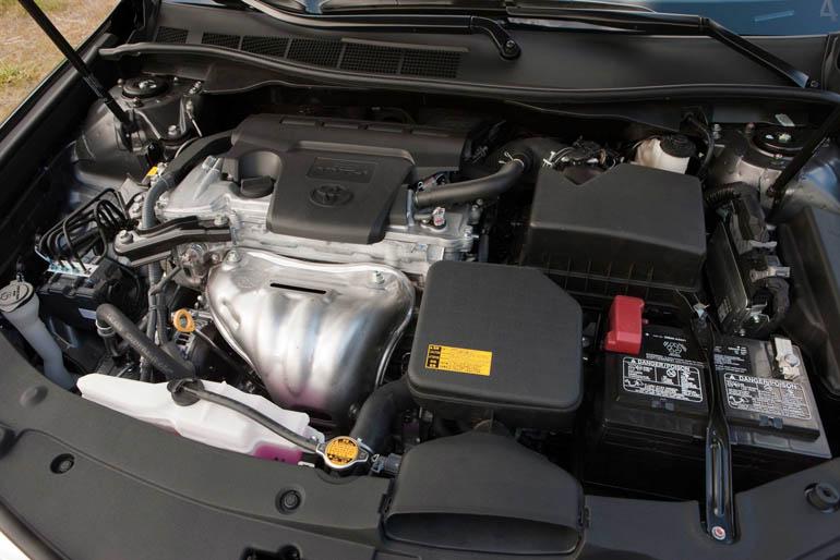 ToyotaCamryLE001