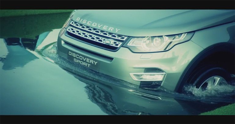 2015 Land Rover Discovery Sport Makes Splashing Intro For Paris Motor Show On a Barge: Video