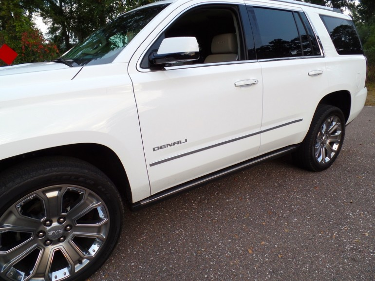 2015-Yukon-Denali-Running-Board-Up