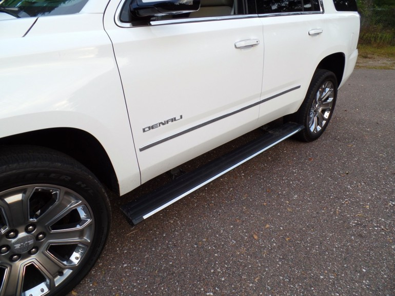 2015-Yukon-Denali-Running-Board-Down