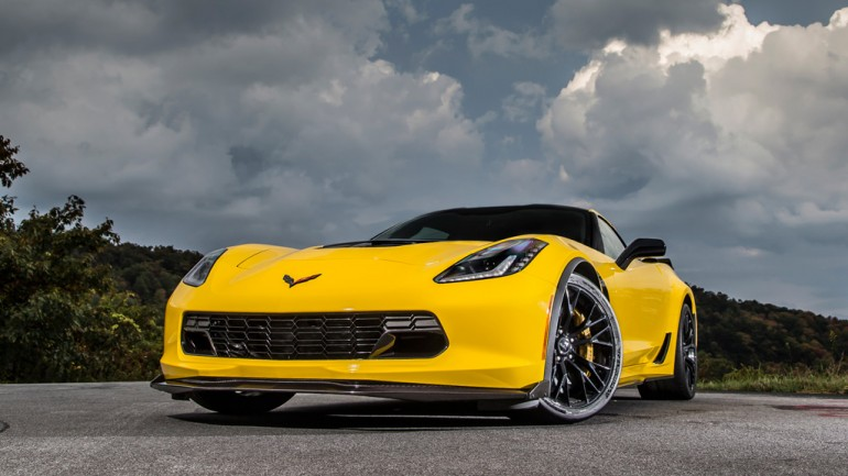 2015 Corvette Z06 Test Drive, Racing Footage and First Reviews Settle Positively