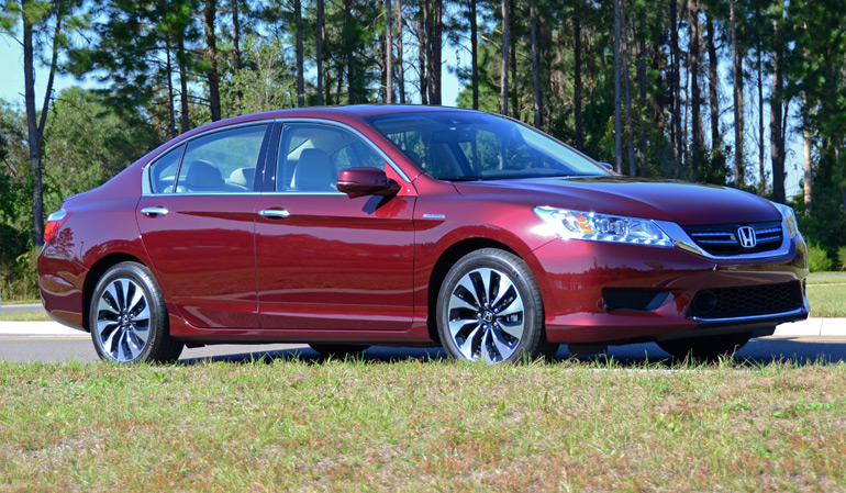 2015-honda-accord-hybrid-touring-side