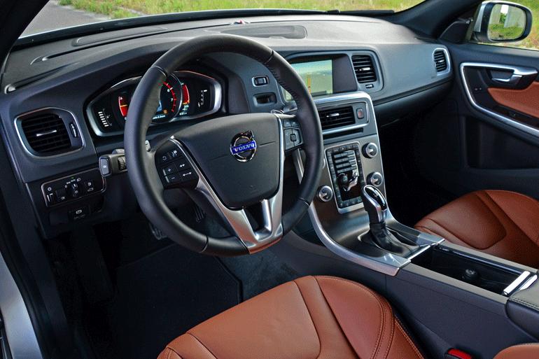 2015-volvo-s60-t6-drive-e-dashboard