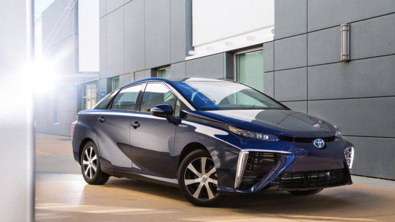 Toyota Mirai Fuel Cell Electric Sedan Brings Zero-Emissions Automotive Future To the Present