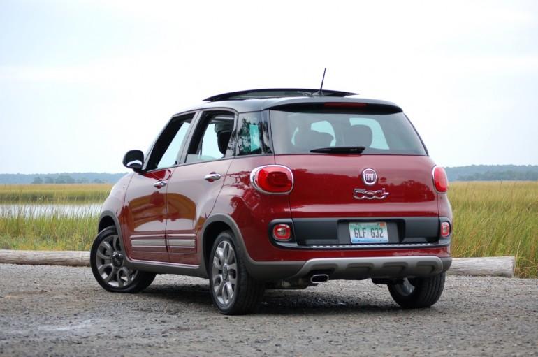 2015-Fiat-500L-5