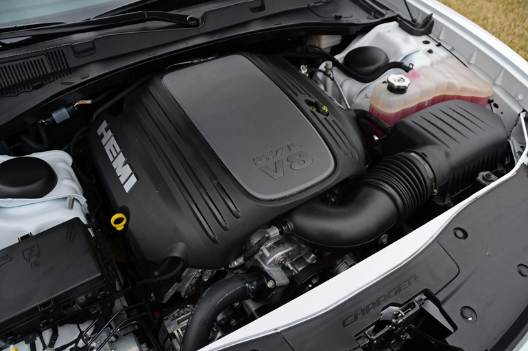 2015 dodge charger engine pictures to pin on pinterest pinsdaddy. Black Bedroom Furniture Sets. Home Design Ideas