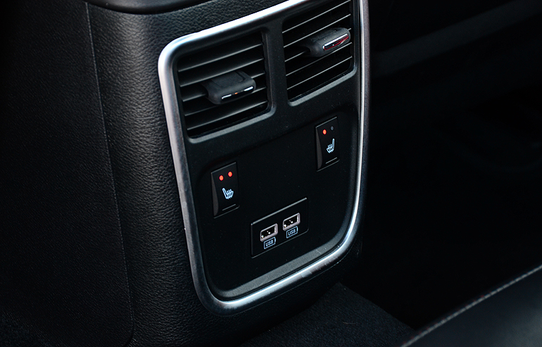 Dodge Charger Rt Rear Seat Heaters Usb Ports