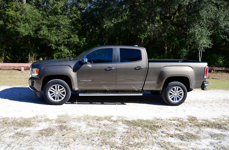 2015-gmc-canyon-side