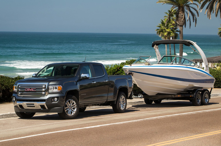 2015-gmc-canyon-towing-boat