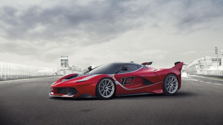 Track-Focused Ferrari FXX K Introduced with 1035-Horsepower