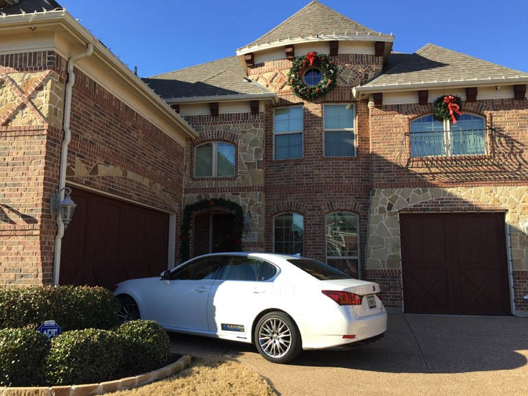 2014-lexus-gs450h-texas-house